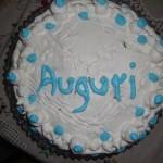Torta di compleanno: crema, cacao e panna