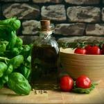 Foto ricetta free di pomodori a tavola