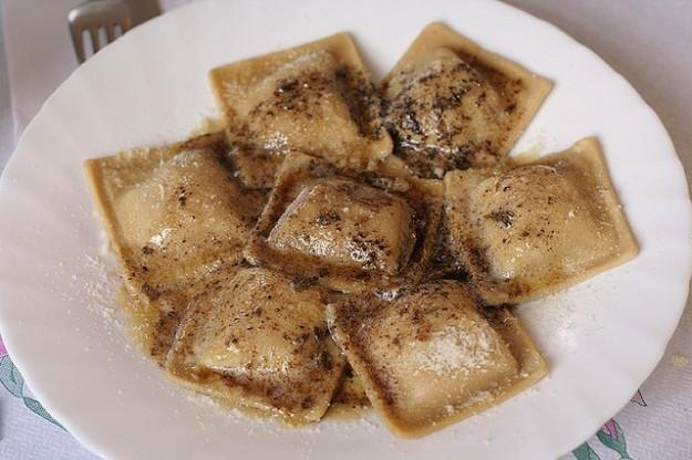 Ravioli alla castagna una ricetta autunnale e saporita for Ricette castagne