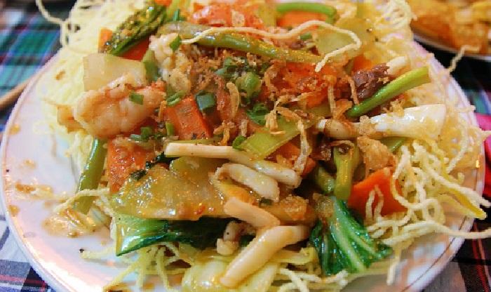 Ricette etniche: Fritto misto di pesce con vermicelli di riso